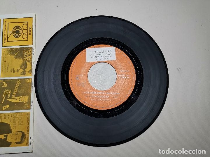 Discos de vinilo: LOUIS ARMSTRONG / LA CUCARACHA / OLD MAN MOSE + 2 (EP 1965) - Foto 4 - 197763876