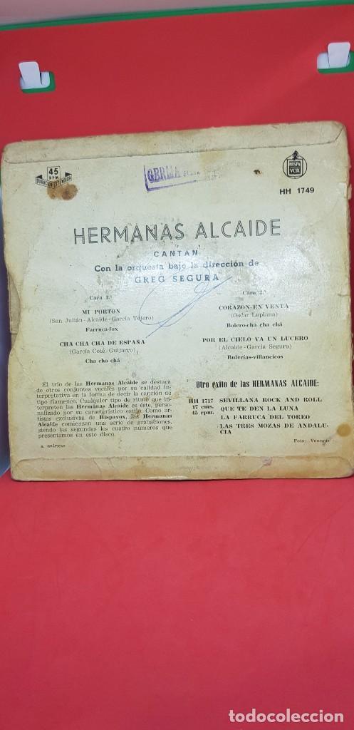 Discos de vinilo: EP HERMANAS ALCAIDE MI PORTÓN SINGLE AÑOS 50-60 CON LA ORQUESTA DE GREG SEGURA - Foto 2 - 197867802