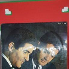 Discos de vinilo: DÚO DINÁMICO 'ESOS OJITOS NEGROS' EP 1965. Lote 197869321