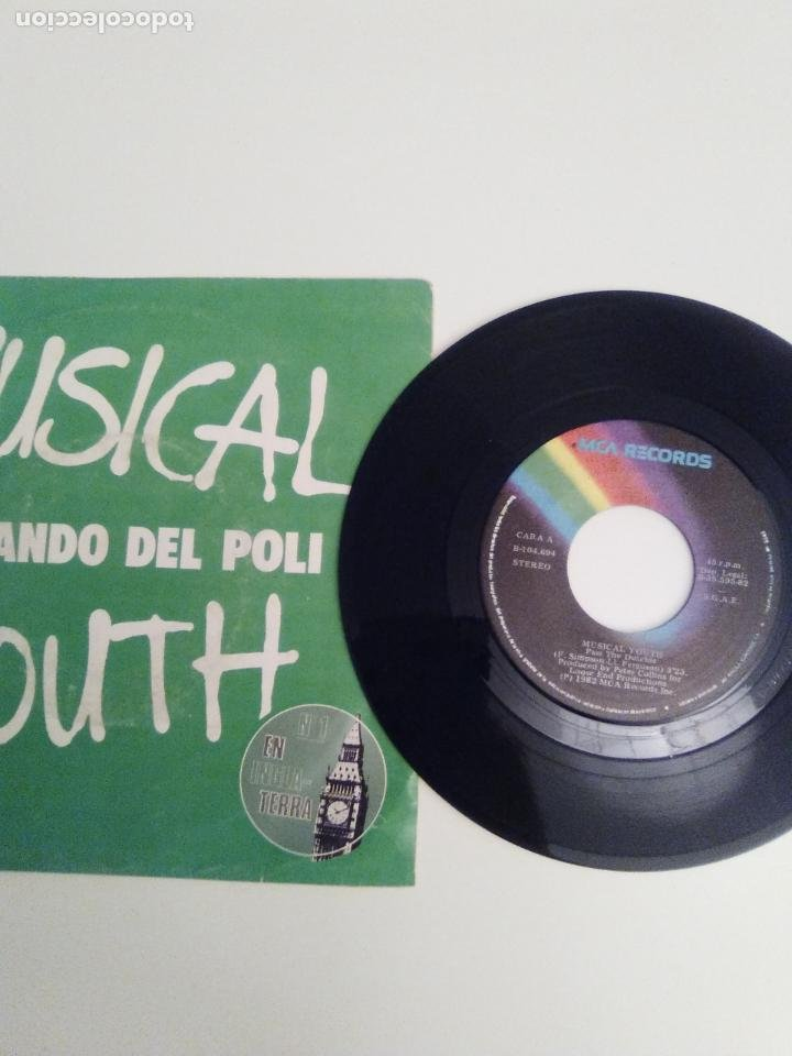 Discos de vinilo: MUSICAL YOUTH Pasando del poli / Give love a chance ( 1982 MCA RECORDS ESPAÑA ) - Foto 3 - 198056135
