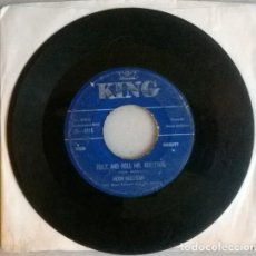 Discos de vinilo: MOON MULLICAN. I'M MAD WITH YOU/ ROCK AND ROLL MR. BULLFROG. KING, UK 1956 SINGLE. Lote 198489695
