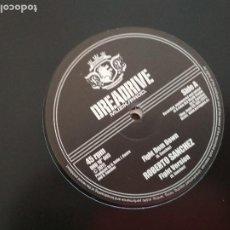 Discos de vinilo: ROBERTO SANCHEZ FIGHT DEM DOWN VINILO DIEZ PULGADAS. Lote 198553707