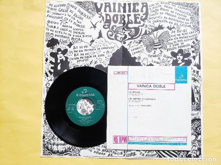 Discos de vinilo: VAINICA DOBLE - 45 Spain PS - MINT * CON POSTER DESPLEGABLE * LA BRUJA / UN METRO CUADRADO - Foto 2 - 198579566