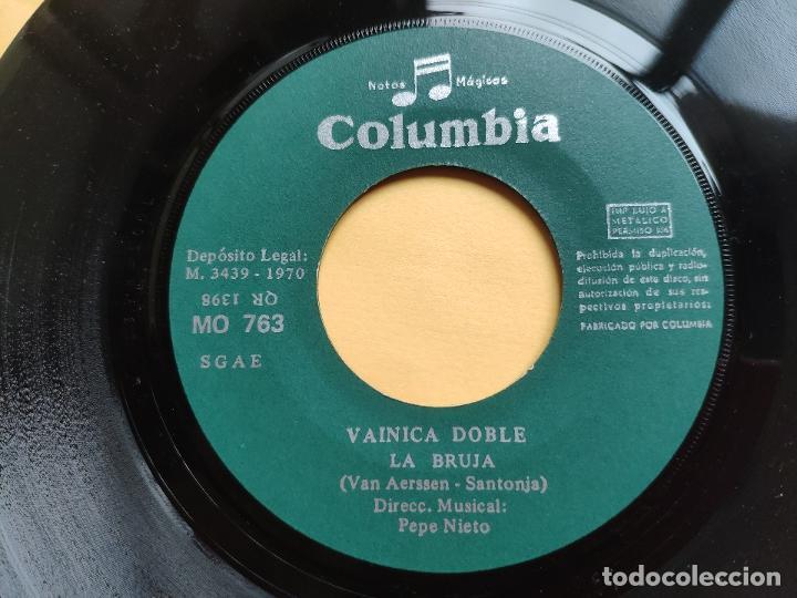 Discos de vinilo: VAINICA DOBLE - 45 Spain PS - MINT * CON POSTER DESPLEGABLE * LA BRUJA / UN METRO CUADRADO - Foto 5 - 198579566