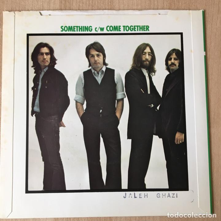 Discos de vinilo: The Beatles – Something / Come Together, UK 1976 Parlophone - Foto 2 - 198840236