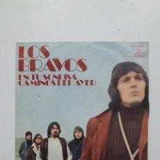Discos de vinilo: LOS BRAVOS. - EN TU SONRISA / CAMINOS DEL AYER. SINGLE. TDKDS20. Lote 198847485