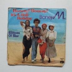 Disques de vinyle: BONEY M.- .- HOORAY! HOORAY! IT´S A HOLI-HOLIDAY + RIBBONS OF BLUE. TDKDS20. Lote 198855110