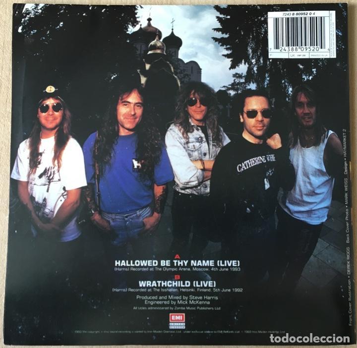 Discos de vinilo: Iron Maiden – Hallowed Be Thy Name (Live), Rojo - Funda Poster, UK 1993 EMI - Foto 2 - 198902485