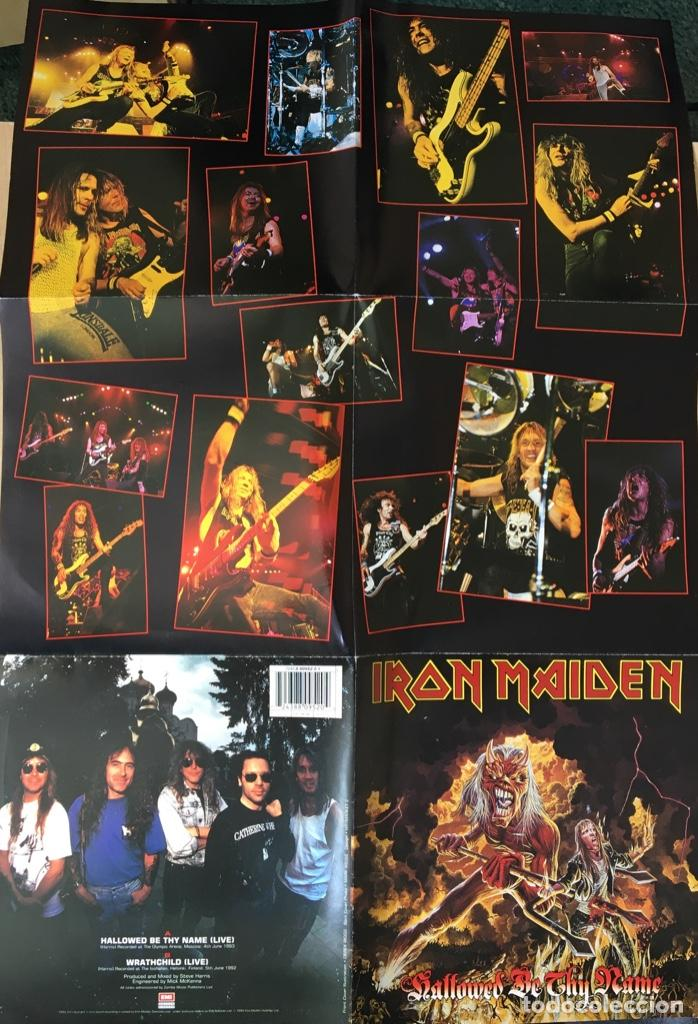Discos de vinilo: Iron Maiden – Hallowed Be Thy Name (Live), Rojo - Funda Poster, UK 1993 EMI - Foto 5 - 198902485