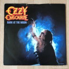 Discos de vinilo: OZZY OSBOURNE – BARK AT THE MOON, UK 1983 EPIC. Lote 198903467