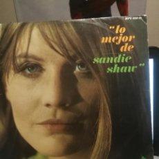 Discos de vinilo: LO MEJOR DE SANDIE SHAW HISPAVOX 1967 EDICION ESPAÑA. Lote 199340835