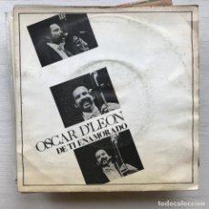 Discos de vinilo: OSCAR D'LEÓN - DE TI ENAMORADO - SINGLE EMI 1980. Lote 199501207