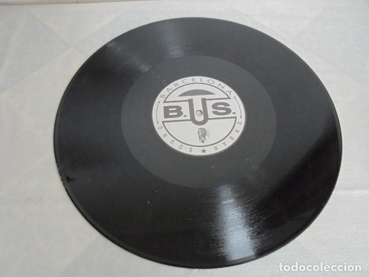 Discos de vinilo: RA-MONOS. ¡LA RAMONA!. MAXISSINGLES VINILLO. URBAN SOUND BARCELONA. METROPOL RECORDS. 1993 - Foto 5 - 199853366