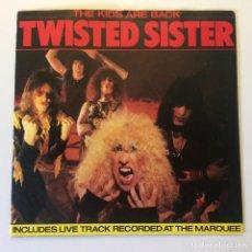 Discos de vinilo: TWISTED SISTER – THE KIDS ARE BACK (D.J. VERSION) / SHOOT 'EM DOWN UK 1983 ATLANTIC. Lote 200076013