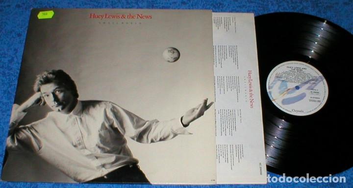 HUEY LEWIS & THE NEWS SPAIN LP 1988 SMALL WORLD CLASSIC POP ROCK INSERT + LETRAS BUEN ESTADO !! (Música - Discos - LP Vinilo - Pop - Rock - New Wave Internacional de los 80)