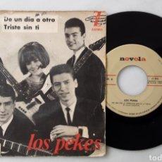 Discos de vinilo: LOS PEKES EP DE UN DÍA A OTRO +3. Lote 200319203