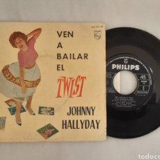 Discos de vinilo: JOHNNY HALLYDAY EP VEN A BAILAR EL TWIST +3. Lote 200526835