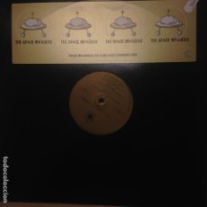 Discos de vinilo: THE SPACE INVADERS & THE GANG MAXI. Lote 200657341