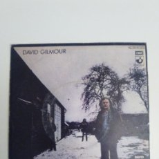 Discos de vinilo: DAVID GILMOUR THERE'S NO WAY OUT OF THERE / DEAFINITELY ( 1978 EMI HARVEST SP ) PINK FLOYD . Lote 200755600