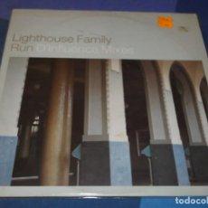 Discos de vinilo: DESDE DOS EUROS MAXI 12 PULGADAS LIGHTHOUSE FAMILY RUN INFLUENCE REMIXES BUEN ESTADO. Lote 201364283