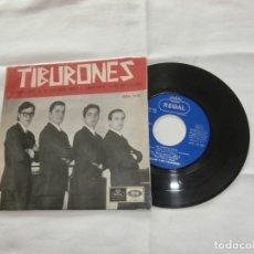 Discos de vinilo: LOS TIBURONES 7´EP ME SIENTO FELIZ + 3 TEMAS (1965) BUENA CONDICION **RARO**. Lote 201475128