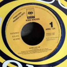 Discos de vinilo: KRIS KROSS – WARM IT UP PROMO, SPAIN 1992 . Lote 201518456