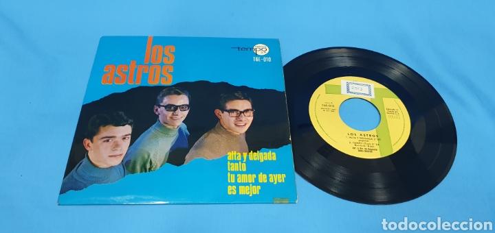 DISCO DE VINILO SINGLE LOS ASTROS . ALTA Y DELGADA (Música - Discos - Singles Vinilo - Solistas Españoles de los 50 y 60)