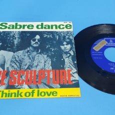 Discos de vinilo: DISCO DE VINILO SINGLE LOVE SCULPTURE . SABRE DANCE, THINK OF LOVE. Lote 201804676