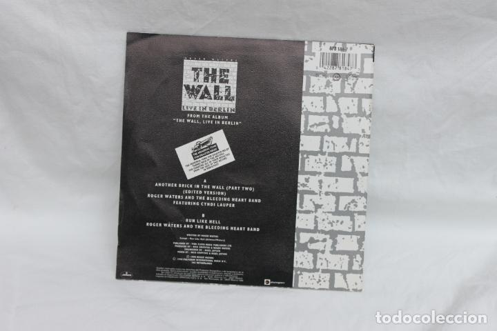 Discos de vinilo: ROGER WATERS, SINGLE, THE WALL / LIVE IN BERLIN, 1990 - Foto 2 - 201919100