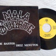 Disques de vinyle: MALA SUERTE SINGLE AS DE BASTOS / DIEZ MINUTOS 1993. Lote 202451133
