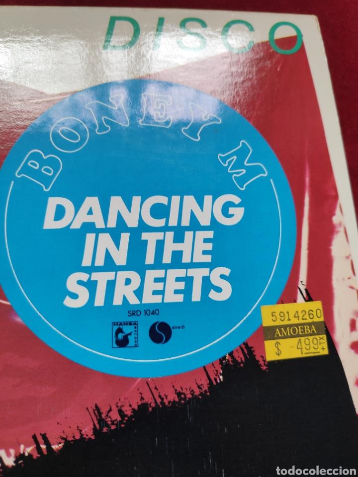 Discos de vinilo: Boney M - Vinilo edición americana - Dancing in the streets + Never change lovers in the middle ... - Foto 4 - 202532625