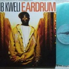 "Discos de vinilo: TALIB KWELI - '' EARDRUM '' 3 VINYL: 2 LP LIGHT BLUE + 12"" RED ORIGINAL 2007 USA. Lote 202549162"