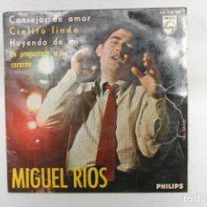 Discos de vinilo: MIGUEL RIOS SINGLE, CONSEJOS DE AMOR / CIELITO LINDO / HUYENDO DE MI / PHILIPS..1965. Lote 202595456
