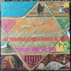 Discos de vinilo: SAM THE SAM AND THE FARAONES - OLD MACDONALD HAD A BOOGALOO FARM / I NEVER HAD NO ONE (D:EX). Lote 202693946
