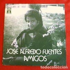 Discos de vinilo: JOSE ALFREDO FUENTES (SINGLE 1977) AMIGOS (DISCO RARO, ESCASO) (MUY BUEN ESTADO). Lote 202840446