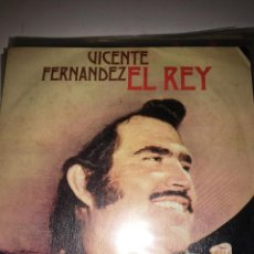 Discos de vinilo: VICENTE FERNÁNDEZ - EL REY SINGLE. Lote 202843411
