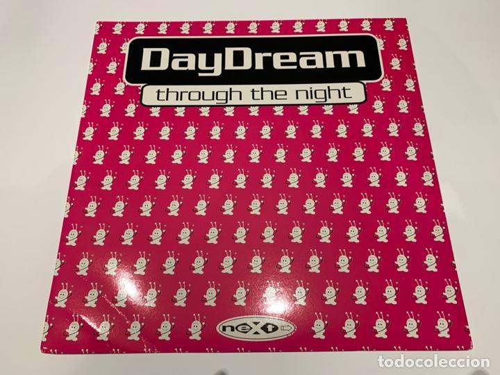 DAYDREAM – THROUGH THE NIGHT 1995 (Música - Discos de Vinilo - EPs - Techno, Trance y House)