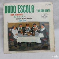 Discos de vinilo: DODO ESCOLA Y SU CONJUNTO, SINGLE, BUEN BANQUETE, MIMI Y EL F.B.I. LA VOZ DE SU AMO. Lote 203209657