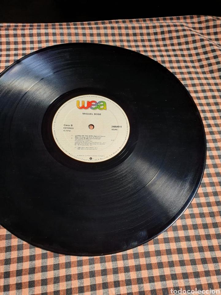 Discos de vinilo: Miguel Bosé ?– You Live In Me, USA Remix, WEA ?– 248549-0, 1986. distribuido en españa, WEA Records. - Foto 11 - 203223645
