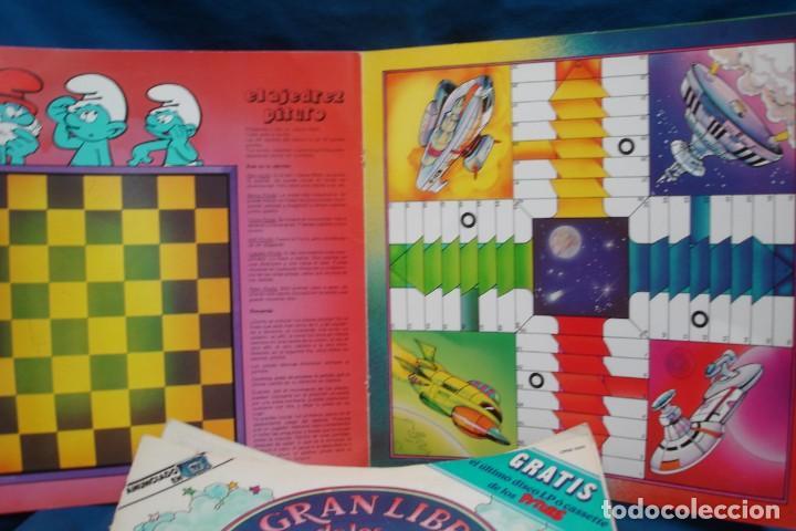 Discos de vinilo: EL GRAN LIBRO DE LOS JUEGOS PITUFOS + JUEGO LA OCA PITUFA - COLUMBIA 1981 - Foto 5 - 203832965