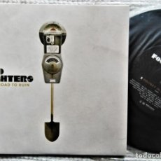 "Discos de vinilo: FOO FIGHTERS ?- "" LONG ROAD TO RUIN "" SINGLE 7"" 45RPM 2007 EU. Lote 203889370"