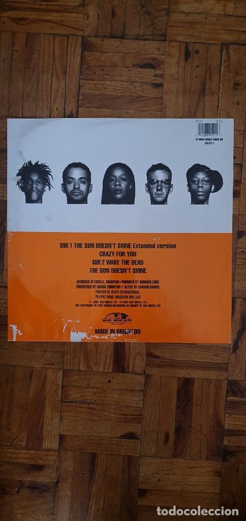 Discos de vinilo: Beats International – The Sun Doesnt Shine Sello: Go! Beat – GODX 59, Go! Beat – 869 521-1 Forma - Foto 3 - 204158453