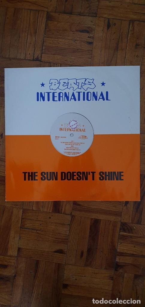 Discos de vinilo: Beats International – The Sun Doesnt Shine Sello: Go! Beat – GODX 59, Go! Beat – 869 521-1 Forma - Foto 4 - 204158453