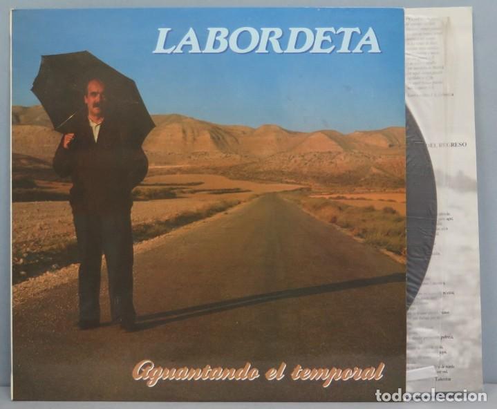 LP. AGUANTANDO EL TEMPORAL. LABORDETA (Música - Discos - LP Vinilo - Cantautores Españoles)
