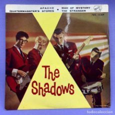 Discos de vinilo: SINGLE, THE SHADOWS / APACHE + 3 (EP 1961). Lote 204325677