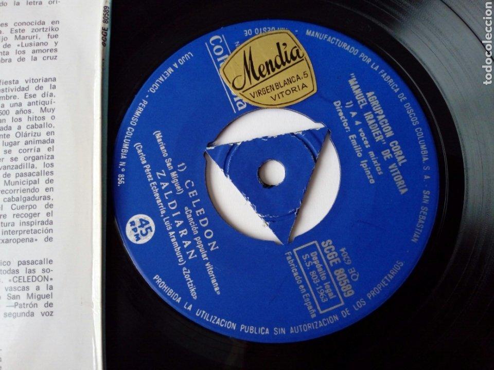 Discos de vinilo: EP: AGRUPACION CORAL MANUEL IRADIER DE VITORIA (Columbia 1963) Celedón, En el monte Gorbea + 2 - Foto 4 - 204384555