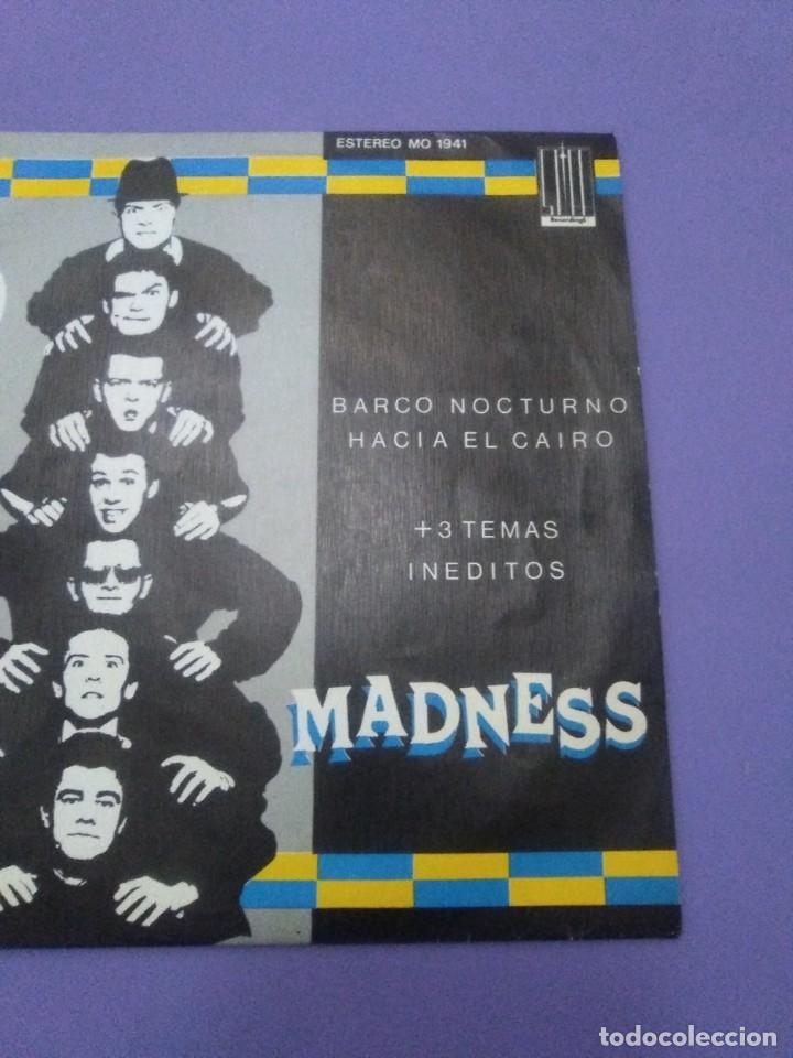 Discos de vinilo: JOYA SKA EP. MADNESS.BARCO NOCTURNO HACIA EL CAIRO/ENGAÑAR AL OJO + 2. SELLO STIFF MO 1941 - 1980 - Foto 4 - 204473075