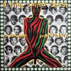 Discos de vinilo: A TRIBE CALLED QUEST LP MIDNIGHT MARAUDERS REEDICION VINILO MUY RARO COLECCIONISTA. Lote 204995548