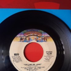 Discos de vinilo: KISS SINGLE VINILO CALLING DR. LOVE/TAKE ME. EDICIÓN USA 1976. CASABLANCA NB 880. Lote 205045068