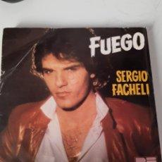 Discos de vinilo: EP SINLGE * SERGIO FACHELI * FUEGO. Lote 205289378